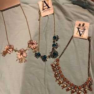 Buckle BKE and Amelia statement necklaces